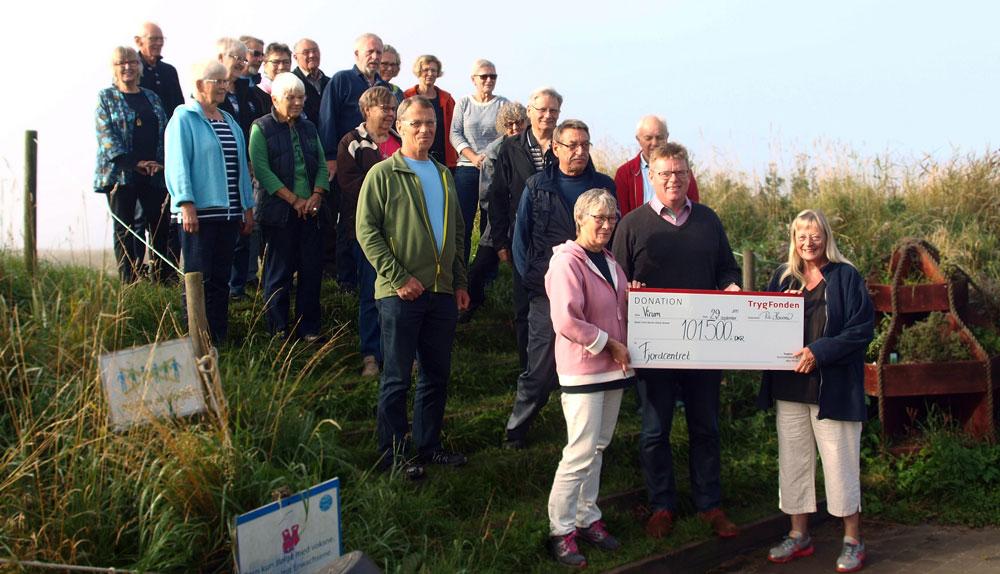 Frivillige på Fjordcentret får støtte fra Tryg-fonden