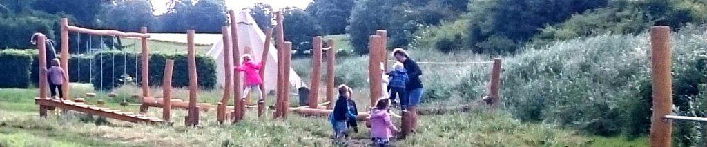 legeplads med små børn