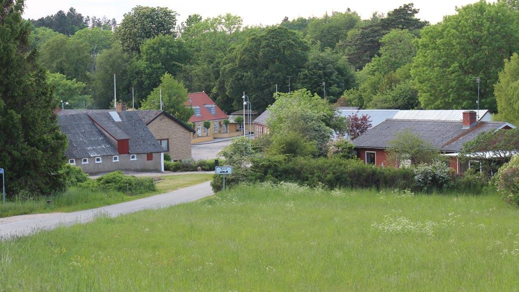 Kare er en lille landsby hvor man stadig kan se de gamle landsby strukturer.